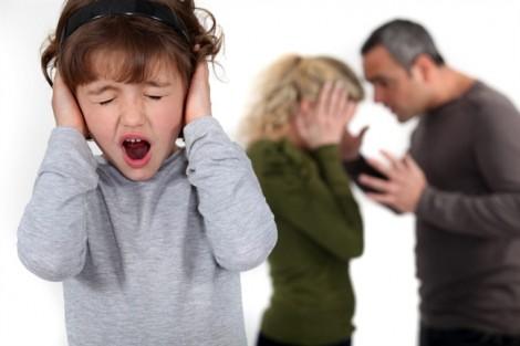 Phòng, chống bạo lực gia đình 10 năm loay hoay: Những điều khoản mơ hồ, không thực tế