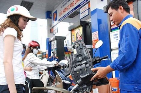 Tăng thuế môi trường xăng dầu kịch trần: Chưa thuyết phục và quá sốc!