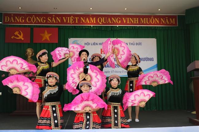 Quan Thu Duc: Gioi thieu 12 guong sang giua doi thuong