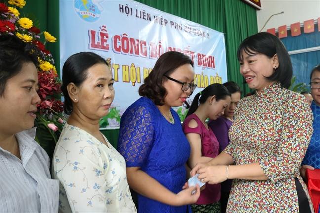 Ra mat Hoi Phu nu cho Thao Dien, quan 2