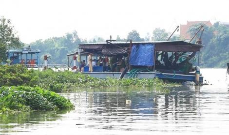 Tìm thấy thi thể nạn nhân trong vụ chìm sà lan trên sông Đồng Nai làm 3 người mất tích