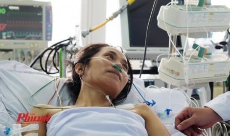 Người nhà không đủ tiền, bác sĩ Chợ Rẫy vẫn cứu bệnh nhân với chi phí 300 triệu đồng
