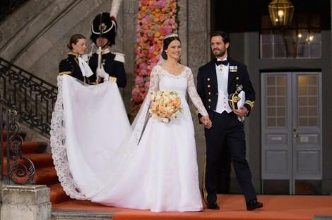 Những chiếc váy cưới hoàng gia đẹp nhất lịch sử