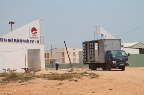 Quảng Ngãi: Nhà máy giấy VNT19 làm lấp mồ mả, đất đai của dân