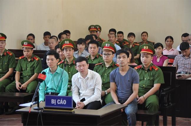 Bac si Hoang Cong Luong bi de nghi muc an 30-36 thang an treo