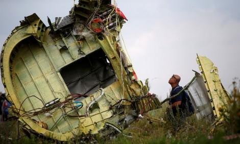 MH17 bị tên lửa Nga bắn hạ?
