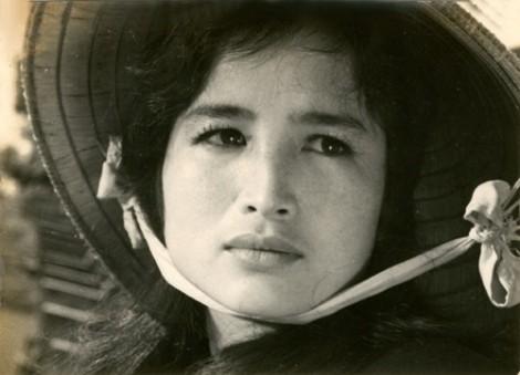 Nghệ sĩ Việt đau buồn trước sự ra đi của đạo diễn Huy Thành