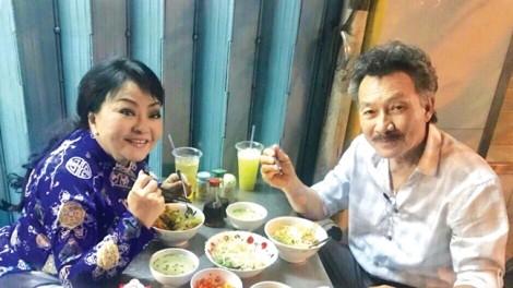 Nghệ sĩ Hương Lan: 'Không có gia đình nào lành lặn'