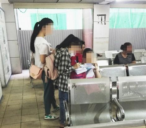 Tiếp thị sữa 'tung hoành' tại bệnh viện