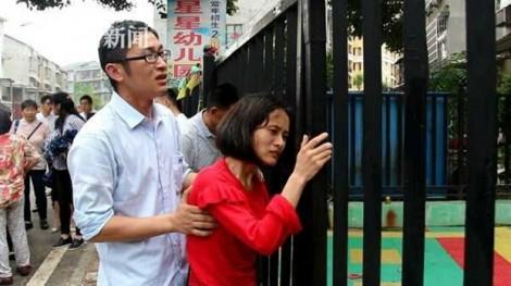 Trung Quốc: Bé trai 4 tuổi chết ngạt trong xe hơi chở học sinh