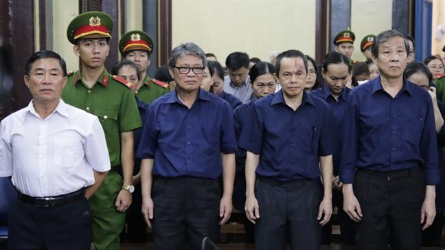 Gay thiet hai 6.361 ty dong, dai gia Hua Thi Phan lanh 30 nam tu