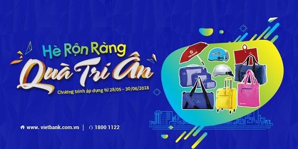 Chuong trinh khuyen mai 'He ron rang – Qua tri an' cho khach hang gui tiet kiem tai Vietbank