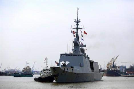 Tàu chiến hiện đại nhất của hải quân Pháp ghé thăm Việt Nam