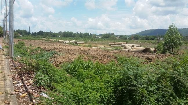 Ba Ria - Vung Tau: Hang tram khach hang sap bay du an 'vit troi'