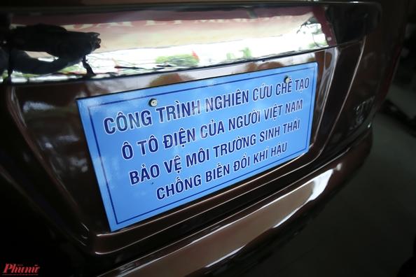 Nong dan Viet phat minh o to dien chay 100km chi ton 20.000 dong tien dien