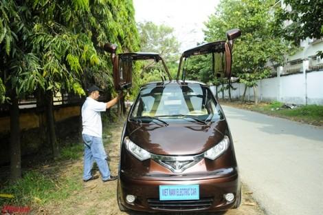 Nông dân Việt phát minh ô tô điện chạy 100km chỉ tốn 20.000 đồng tiền điện