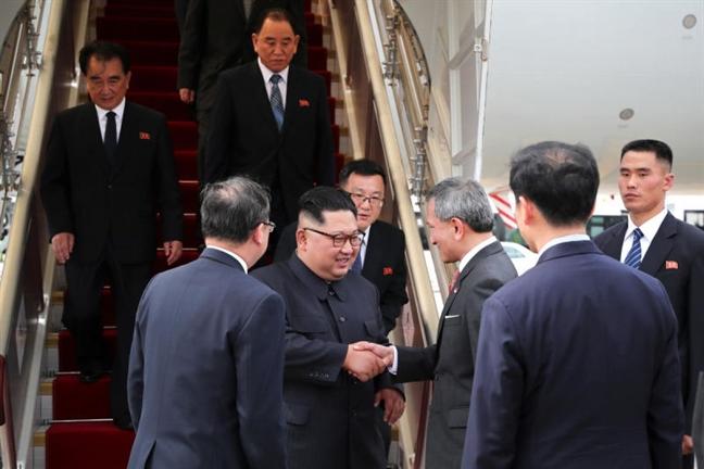 Lanh dao Trieu Tien Kim Jong Un: 'Ca the gioi dang doi theo hoi nghi lich su'