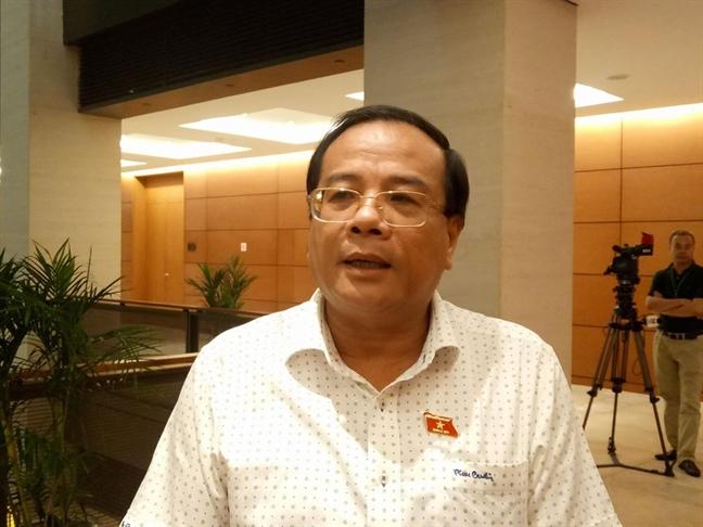 DBQH Huynh Thanh Canh - Pho Bi thu Tinh uy Binh Thuan: Phan loai, xu ly nghiem cac doi tuong dap pha tru so UBND tinh