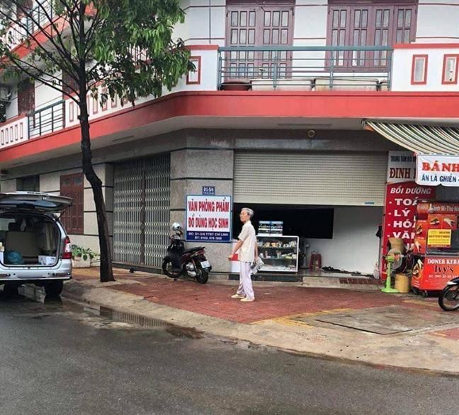 Nguyen Khac Thuy dam o tre em xin hoan thi hanh ban an 3 nam tu?