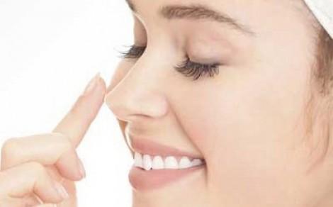 Rủi ro sau nâng mũi
