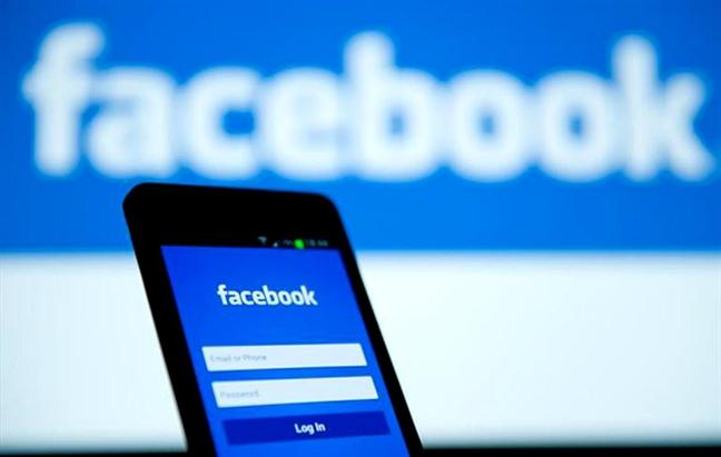 Doanh nghiep so 'chet' neu Facebook, Google roi khoi Viet Nam