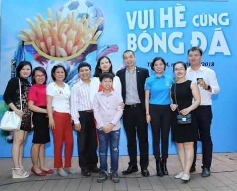 World Cup khai mạc sớm tại Đường sách Nguyễn Văn Bình