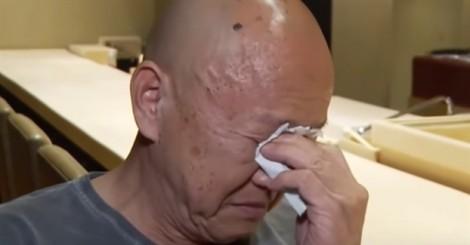 Đầu bếp sushi huyền thoại rớt nước mắt khi nói về Bourdain tài danh