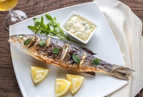 Tại sao ăn nhiều cá biển giúp tăng khả năng sinh sản?
