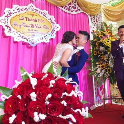 Sự thật câu chuyện anh chồng hát hay như ca sĩ lên mạng 'bóc phốt' vợ... trở mặt sau đám cưới