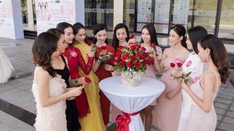 Thí sinh 'Hoa hậu Việt Nam 2018' tổ chức đám cưới tập thể cho người khuyết tật