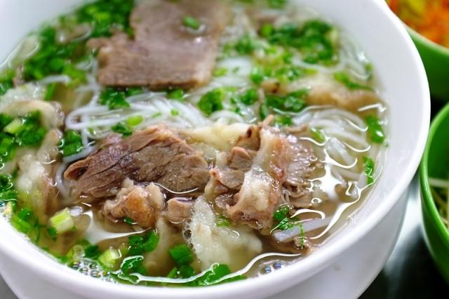 Nhung quan pho Bac ngon duoc san lung tai Sai Gon