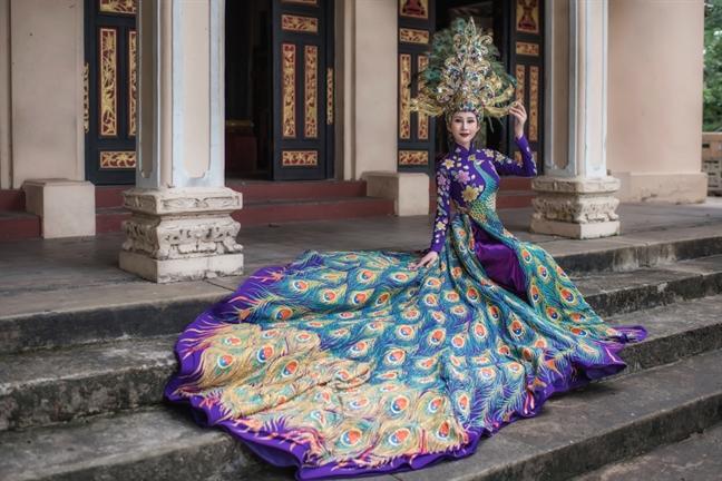 Ao dai cua dai dien Viet Nam bi cat nat truoc them chung ket 'Miss Asia World 2018'