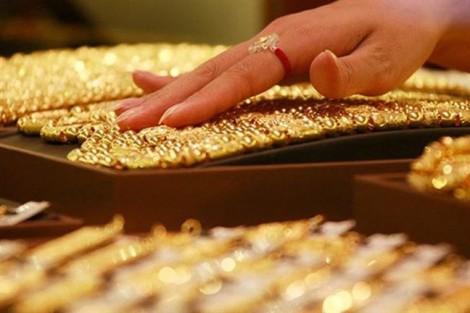 Giá vàng ngày 29/6: USD tiếp tục tăng, vàng trượt xuống đáy