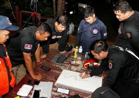 12 học sinh mất tích ở Thái Lan: Mong chờ phép màu xuất hiện