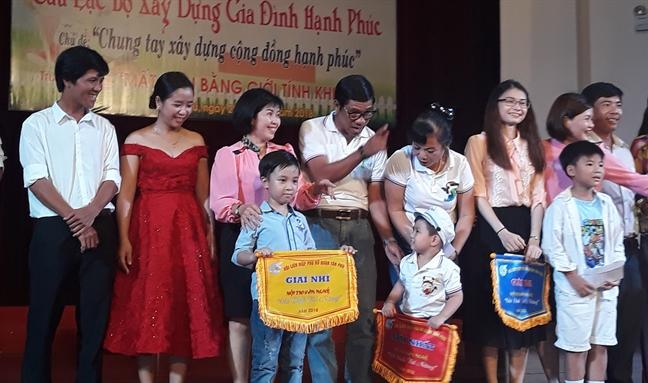 Quan Tan Phu: To chuc truyen thong ve mat can bang gioi tinh khi sinh