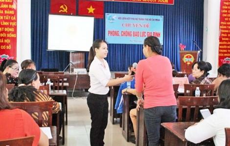 Tập huấn kỹ năng phòng, chống bạo lực gia đình cho tuyên truyền viên
