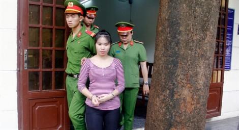 Bị ngăn cản tự tử, người vợ nghiện ngập ra tay đoạt mạng chồng 'hờ'