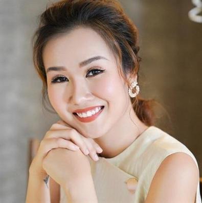 'De men phieu luu ky' len san khau
