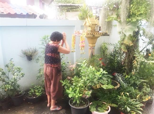 Cau thu nhi Thai Lan sap duoc don sinh nhat cung gia dinh nhu uoc nguyen