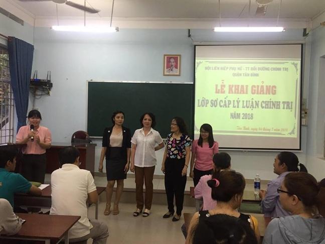Q.Tan Binh: 60 cán bọ, họi vien học so cap Ly luan chinh tri