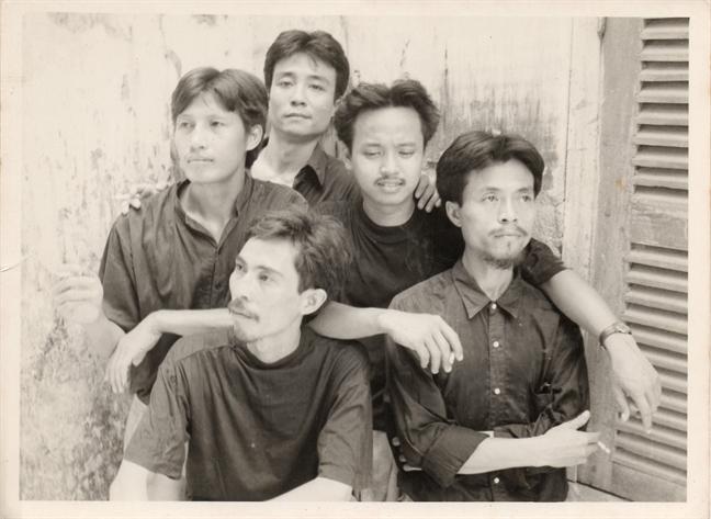 'Gang of five - Lac buoc tan ky' ra mat khan gia Sai Gon