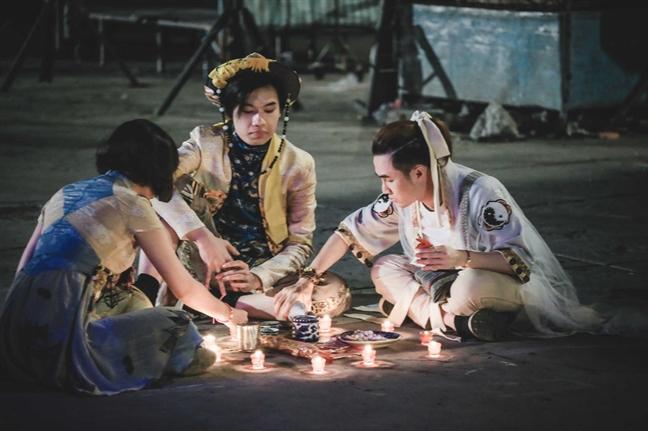 Phim phat hanh tren internet: Loi thoat cho de tai nhay cam