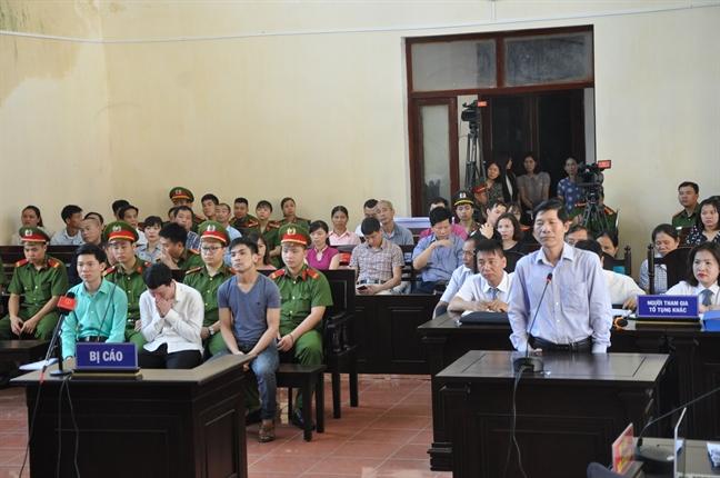 Bac si Hoang Cong Luong gui don khieu nai vi khong dong tinh voi ket luan dieu tra