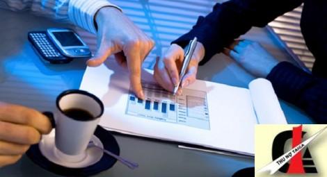 'Siết' doanh nghiệp đòi nợ thuê