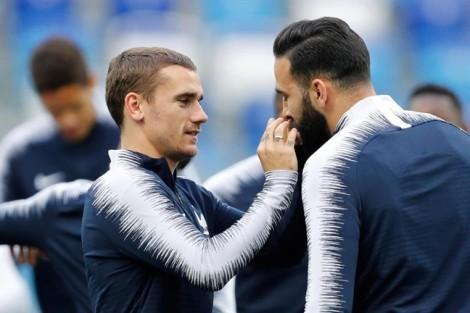 'Thần hộ mệnh' giúp cầu thủ Pháp 'lấy hên' trước trận đấu chung kết World Cup