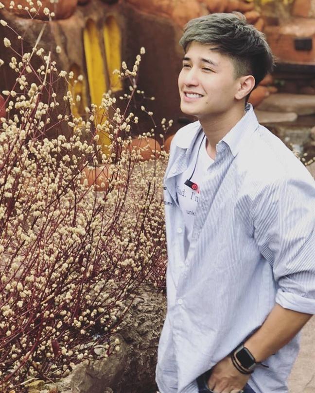 Huynh Anh xin loi khi bi Viet Huong to di tre