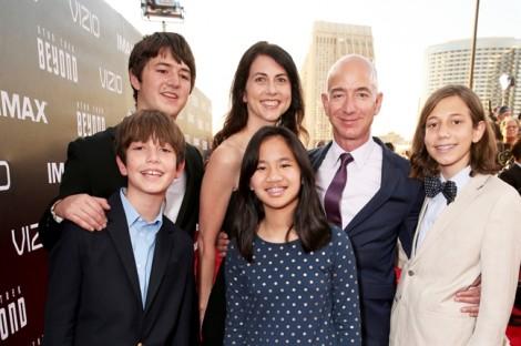 'Choáng' với cách tỷ phú giàu nhất thế giới Jeff Bezos dạy con