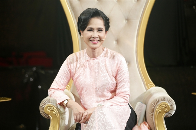 NSND Lan Huong: 'Toi chieu con dau hon con trai'