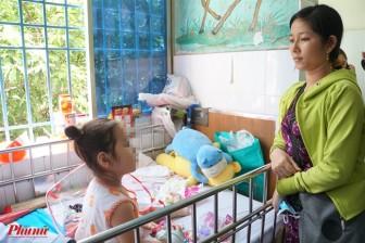 Mẹ đưa con gái 3 tuổi đi khám ho sốt, mới biết bé mang khối bướu cực hiếm