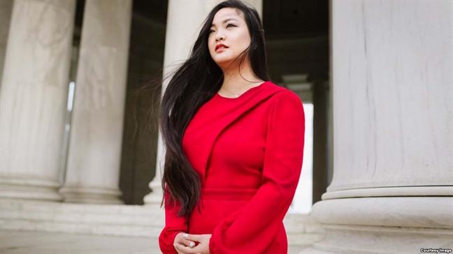 De cu Nobel Hoa binh 2019: Co gai goc Viet tim cong ly cho 25 trieu nan nhan tinh duc